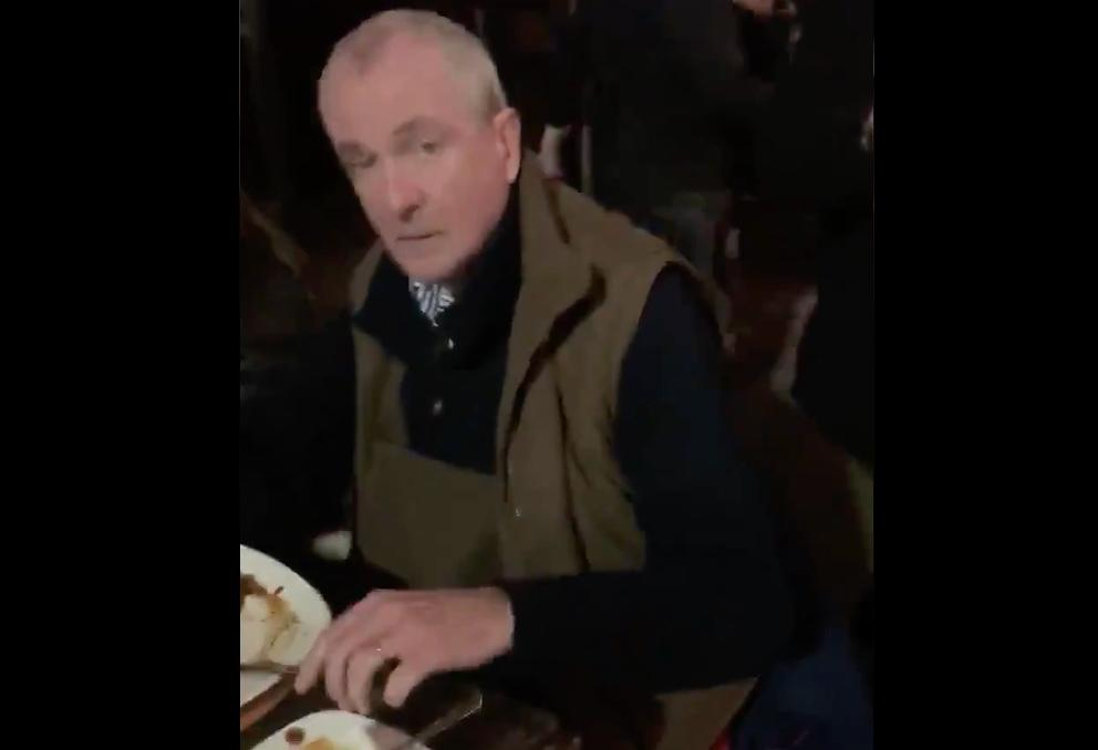 """You Are Such A Dick"" – New Jersey Governor Heckled While Enjoying Mask-Free Meal With Family"