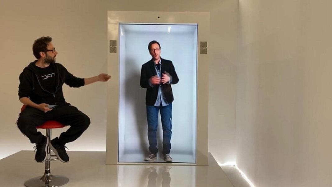 This Company Wants To Put A Human-Size Hologram Booth In Your Living Room