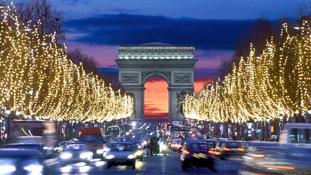"""Paris Health Official Urges """"Cancel Christmas & New Year's"""" As Virus Ravages Europe"""