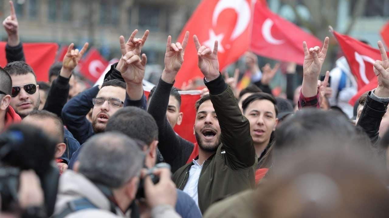 France Bans Turkish Ultra-Nationalist 'Grey Wolves' Group After Mobs Target Armenians
