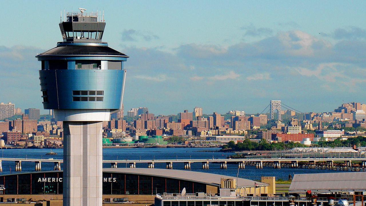 Airlines On Track To Lose $157 Billion As Global Slump Worsens; IATA Chief Negative On 'Immunity Passports'