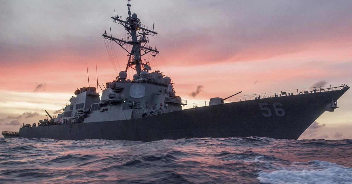 """Russia Threatens US Warship With """"Ramming"""" Over Alleged Maritime Border Violation"""