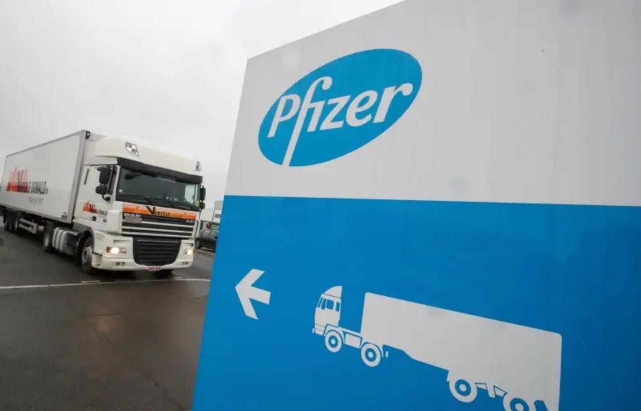FDA Says 2 Participants In Pfizer COVID Vaccine Trial Have Died