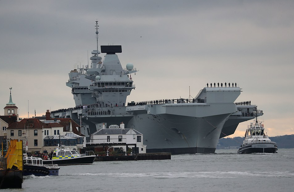 Royal Navy's Newest Carrier Suffers 'Embarrassing' Flood, Will BeDocked6 Months