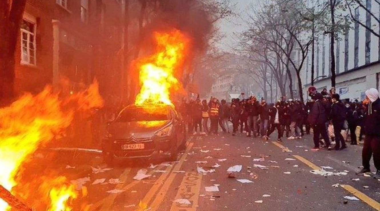 Paris Plunges Into Chaos As Protesters Denounce New Security Law