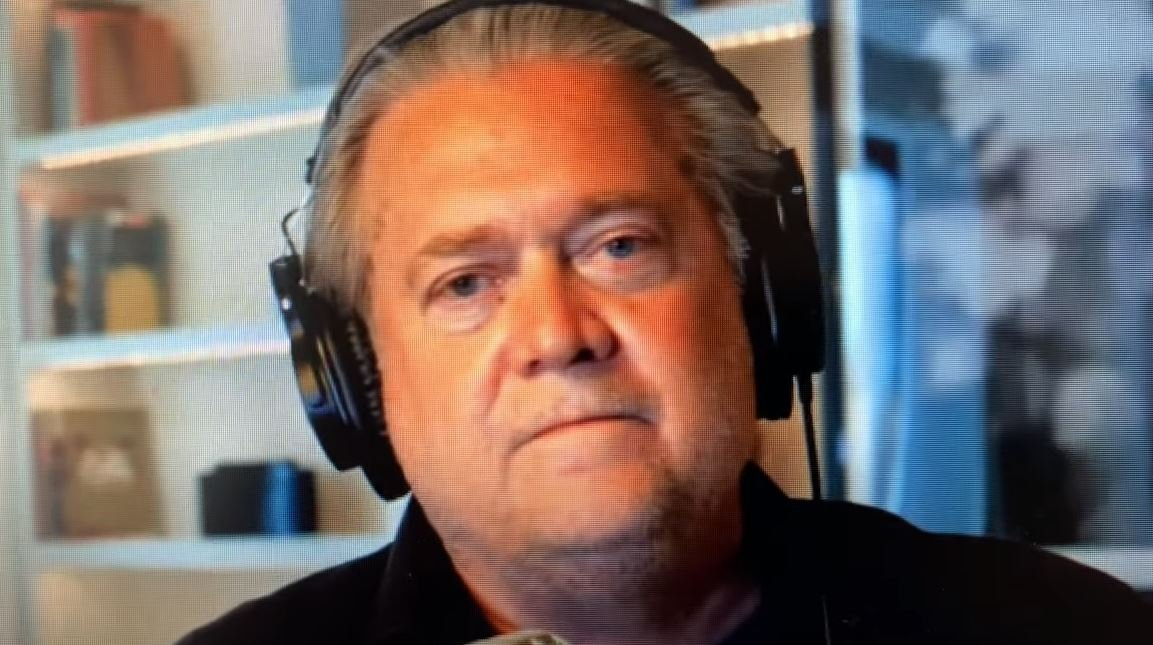 """""""Answer Sir to the Dead! Answer to the 600,000!"""" – Steve Bannon EXPLODES After Wray Continues to Lie under Oath on FBI's Information on Coronavirus (VIDEO)"""